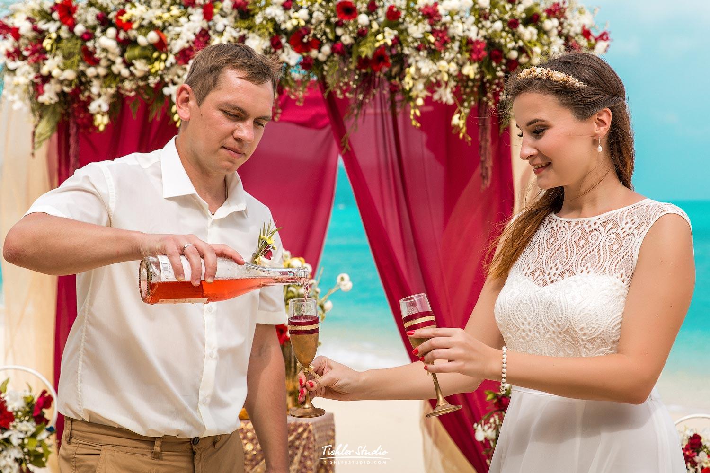 стал поздравления на свадьбу антон и аня этого своей